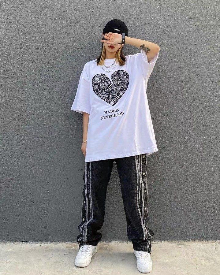 《3色》ペイズリーハートTシャツの画像2