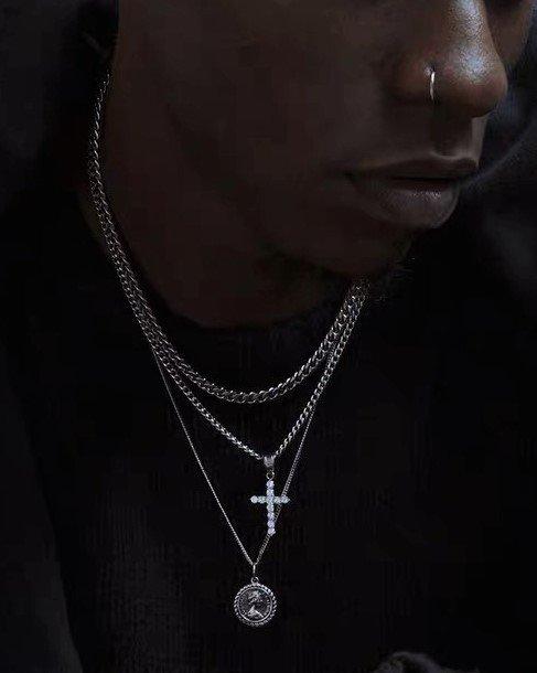 【KREAM】メダルネックレスの画像1